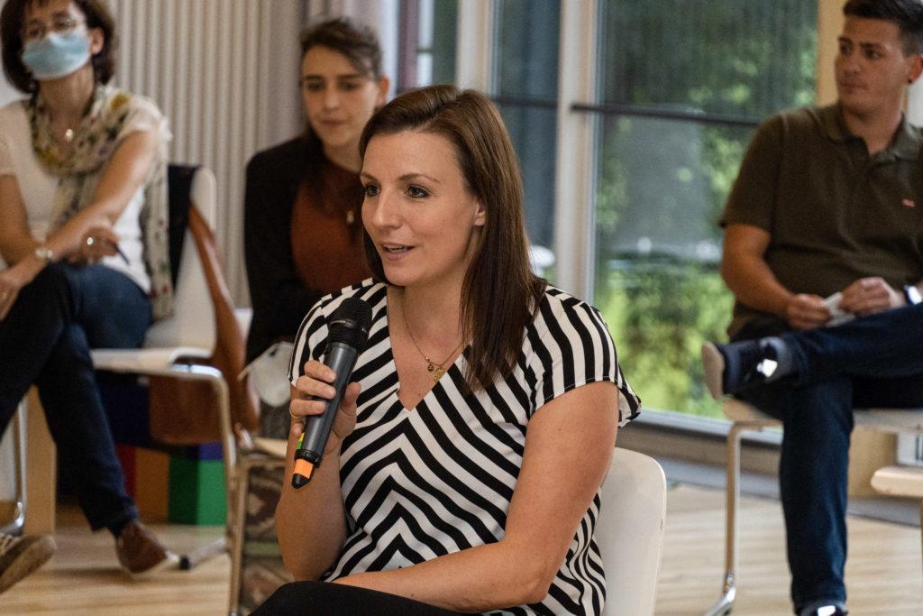 Dr. Tanja Evers bereicherte die Veranstaltung mit einem Vortrag und bei der Fishbowl-Diskussion (Bild: Olivia Rademacher)